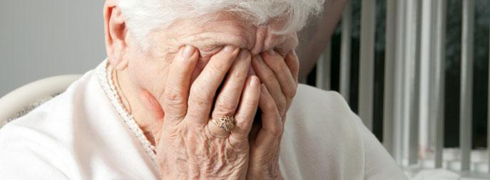 ผลการค้นหารูปภาพสำหรับ คนแก่เครียด